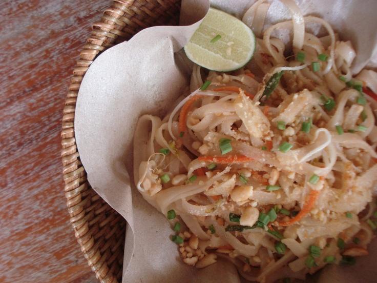 Vegetarian pad thai #bali #bar #restaurant #food #lunch #dinner #kuta #tuban #indonesia