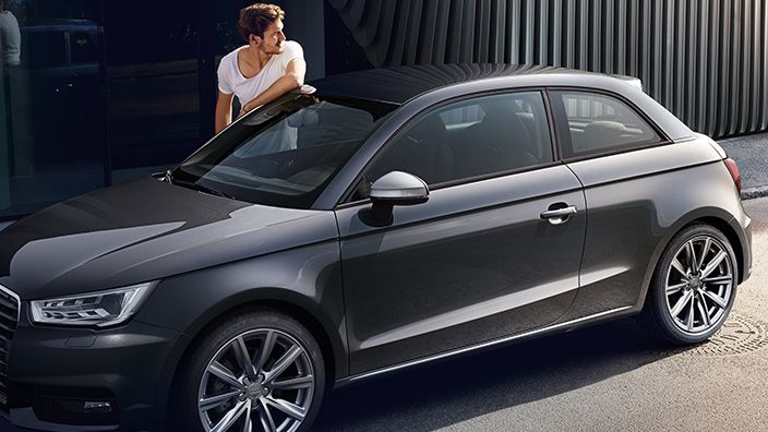 www.audi.it content dam ngw product a1 a1 my_2015 multimedia 704x396_AA1_141006.jpg
