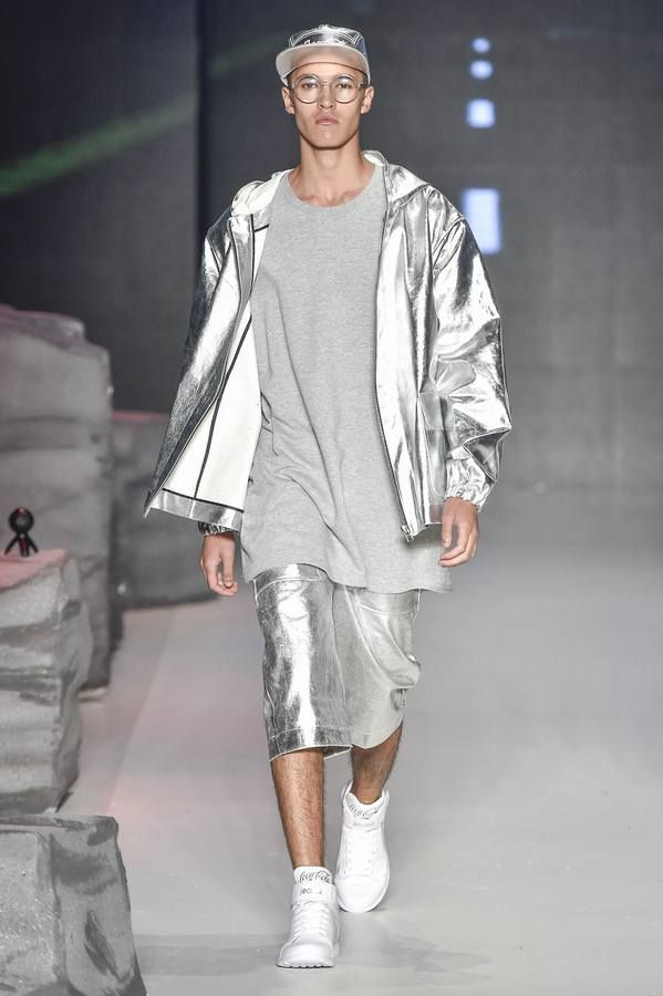 Male Fashion Trends: Coca-Cola Jeans Fall-Winter 2017 - Sao Paulo Fashion Week