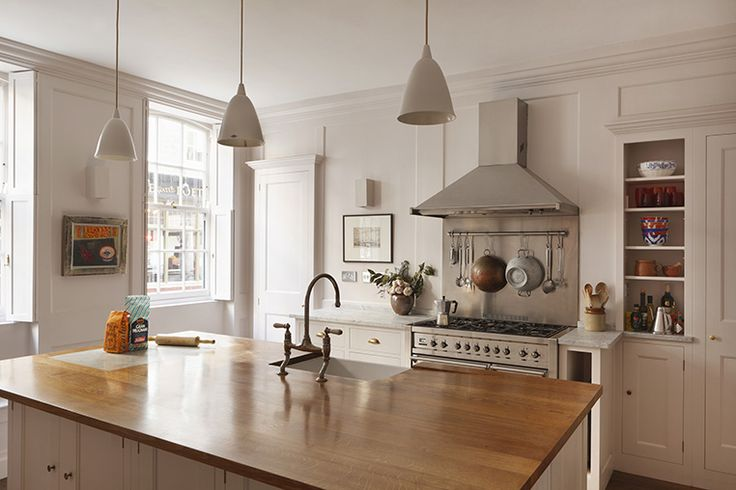 Traditional craftsmanship and classic proportions are the hallmarks of a Plain English kitchen, here in a Georgian interior
