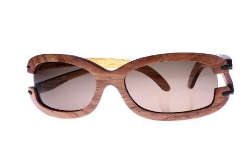 Gafas de sol en madera, filtro UV, Mujer, marca Maguaco S016. Maderas: Granadillo Rojo y Ebano Sinuano. $200.000 COP