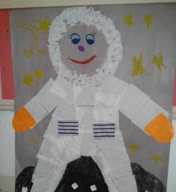 astronaut crafts for preschool 13 best astronaut bulletin board idea images on 709