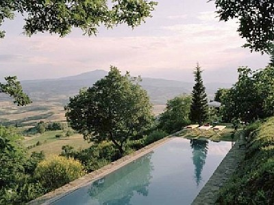 Can you even imagine? Sarteano vacation rental: Spaces, Favorite Places, Vacations Rental, Cond Nast Travel, Sarteano Vacations, Future Vacations, Pools Spa, Lakeside,  Lakeshore