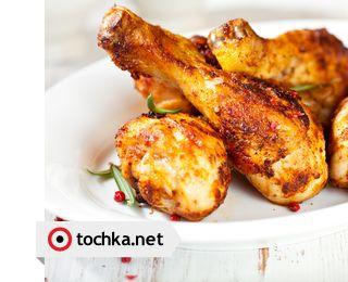 Приготовьте на ужин куриные ножки в духовке.