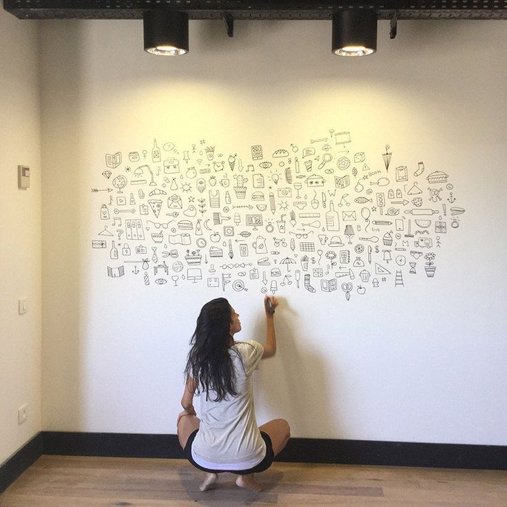 Wall muralforMindspace Tel-Aviv meeting room.The pattern consists of different icons depictingthe various content areas of the space's users.I hand drewan entire wall usinga black marker during9 hours, spontaneously, without any planning or sketches.
