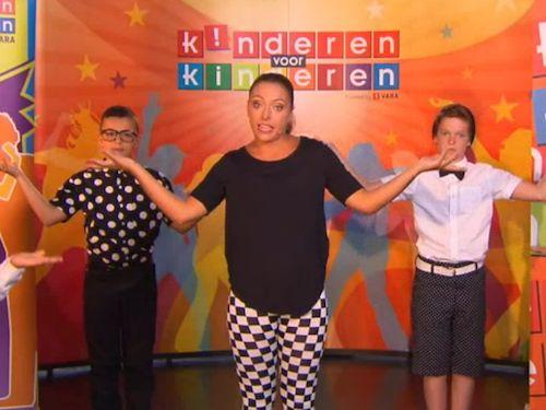 Bekijk het filmpje: Dansinstructie - Kinderboekenweek. Kinderfilmpjes, afleveringen en kinderliedjes op Minipret.nl