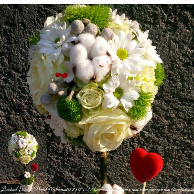 Pomisor din flori solicitati oferta in functie de marime si cantitate la 0723183222 sau livadacuvisini@yahoo.com sau https://www.facebook.com/media/set/?set=a.958803084182700.1073741834.115955395134144&type=3  #flowerstree #livadacuvisini #paulamoldovan #pomisor #flori #nunta #botez #cadou