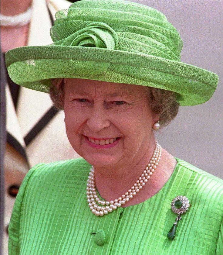 Queen Elizabeth II Regina Elisabetta II