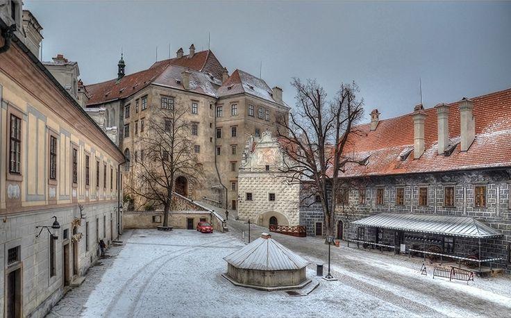II. nádvoří zámku/ II castle courtyard,  Český Krumlov