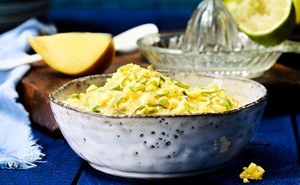 Süße Mango und feine Bananen verschmelzen mit der THOMY Curry Sauce zu einer sinnlichen Kombination fürs Grillmenü.