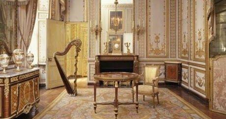 Απίστευτο: Πούλησαν μαϊμού-αντίκες του 18ου αιώνα στις Βερσαλλίες!