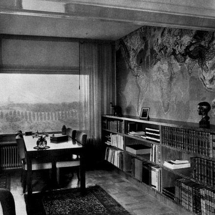 Biblioteket i E S Perssons våning i Ribershus