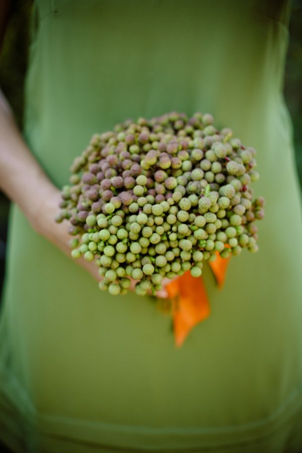 I think this bridesmaids bouquet is beautiful..