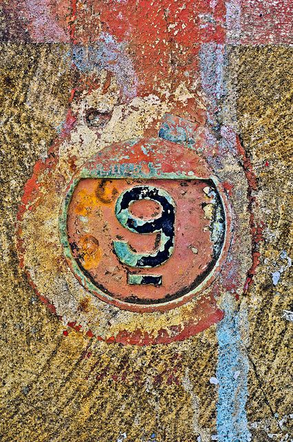 Number 9, photo by mike narciso at flickr