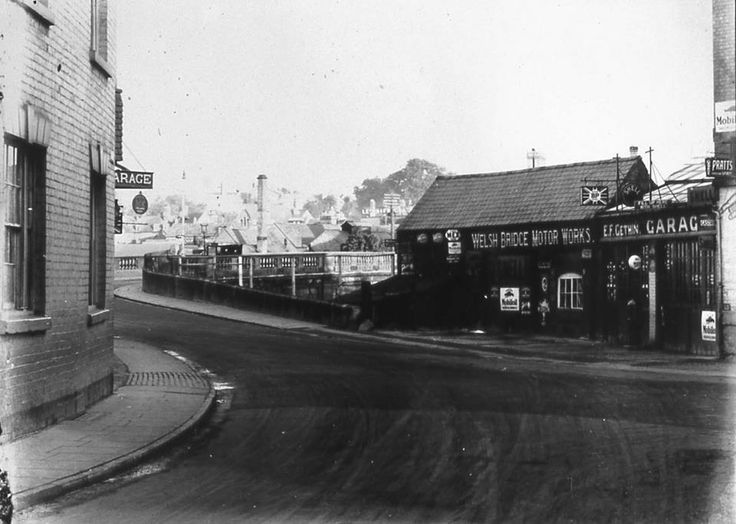 Bottom of Mardol, 1930's. Amazing photo that is roughly where Quantum Leap now stands.  Shrewsbury, Shropshire.