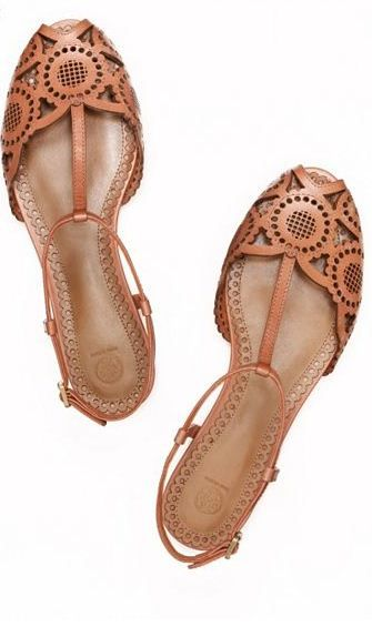 Spring Flats // Tory Burch. They look just like my childhood hirachi sandals that I so adored.