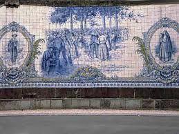 Painel de azulejos no Largo do Rossio, cidade de Viseu, Portugal