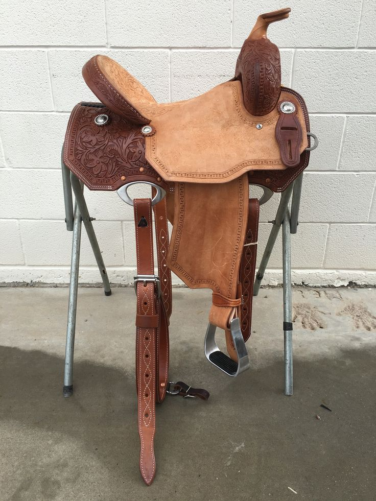 CSB 585A Corriente New Style Barrel Saddle Forward Horn