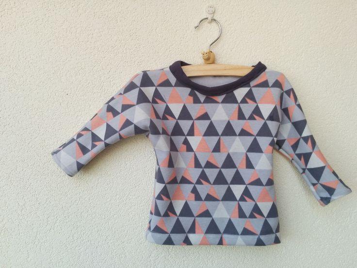 baby shirt met driehoekjes
