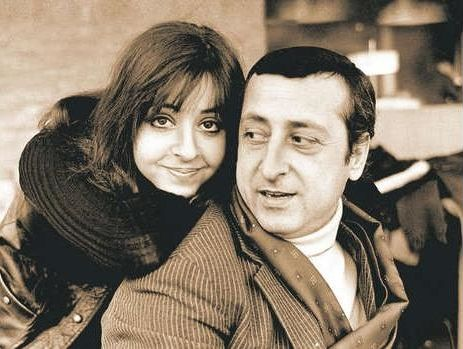 Vicky Leandros - Luxembourg - Place 4 (with her father Leo Leandros)