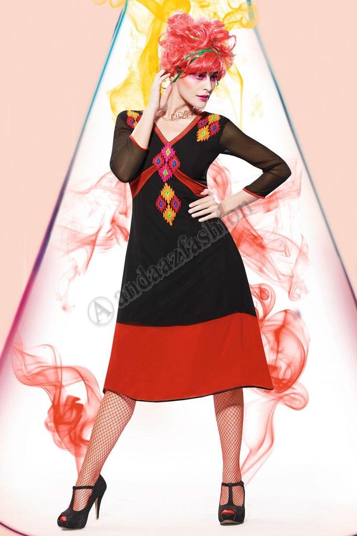 Noir Rouge Georgette Kurti Conceptaion No- DMV12799 Prix- 44,15  Andaaz Fashion presente le nouveau concepteur de larrivee Noir, Rouge Georgette Kurti. Agrementee de Resham brode. Cette conception est parfaite pour le Parti, Festival, Casual.  @http://www.andaazfashion.fr/womens/kurti-tunic/black-red-georgette-kurti-dmv12799.html