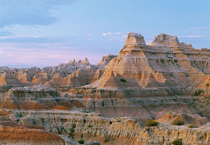 Rapid City and the Badlands (75 miles apart on Interstate-90) combine for a great list of must-do stops: http://www.midwestliving.com/travel/south-dakota/rapid-city/two-day-itinerary-for-south-dakotas-badlands-and-rapid-city/