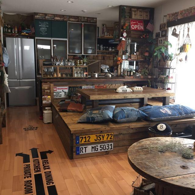 Mackeyさんの、Lounge,DIY,ディスプレイ,掘りごたつ,アメリカン,見せる収納,アメリカンビンテージ,リノベーション,小上がり,セルフリノベーション,男前インテリア,男前化計画,RC九州支部,しゃれとんしゃあ会,木のある暮らし,木のある生活,インスタmackey2480についての部屋写真