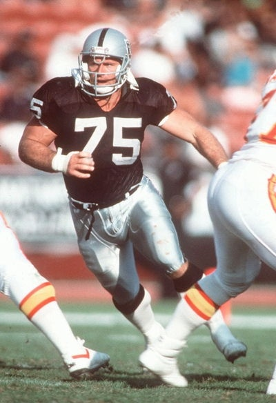 Howie Long, Los Angeles Raiders ...*sigh*  he's so handsome
