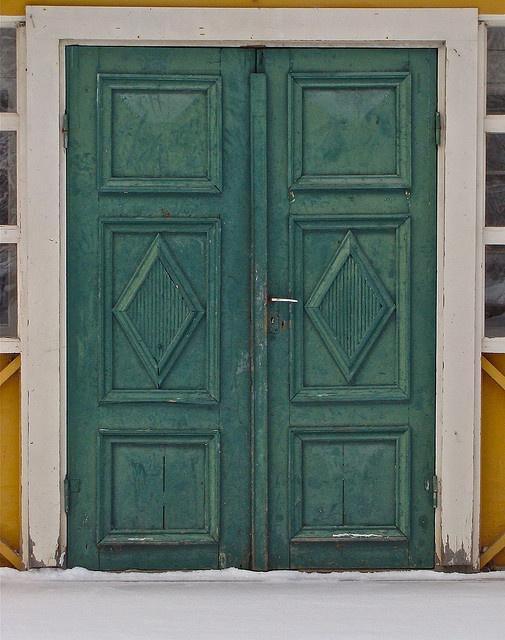 Ängsjö dörr by Julia Manzerova, via Flickr
