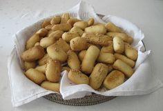 Bibanesi… non sapevo si chiamassero così questa specie di grissini dal sapore di pane di casa.   Non sapevo nemmeno fossero tipici d...
