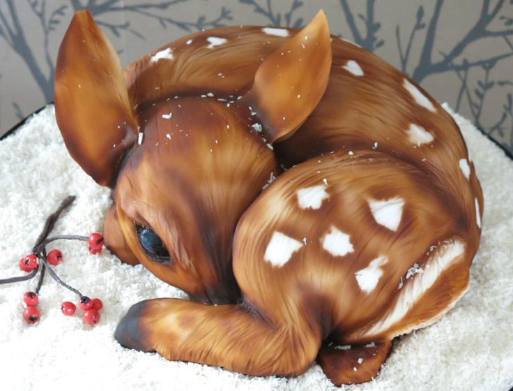 Fifi the Fawn Christmas Cake by Sweet Foxylicious …See the cake: http://cakesdecor.com/cakes/219228-fifi-the-fawn-christmas-cake