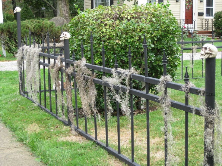 Halloween Cemetery FenceDiy Halloween, Halloween Decor, Halloween Cemetery, Cemetery Fence, Haunted House, Diy Pvc Fence, Wrought Iron, Halloween Fence, Halloween Ideas