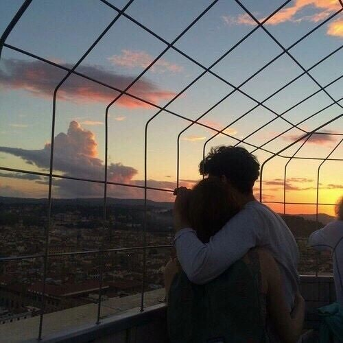 Shared by patricia carrera. Find images and videos about couple, sunset and aesthetic on We Heart It – the app to get lost in what you love.