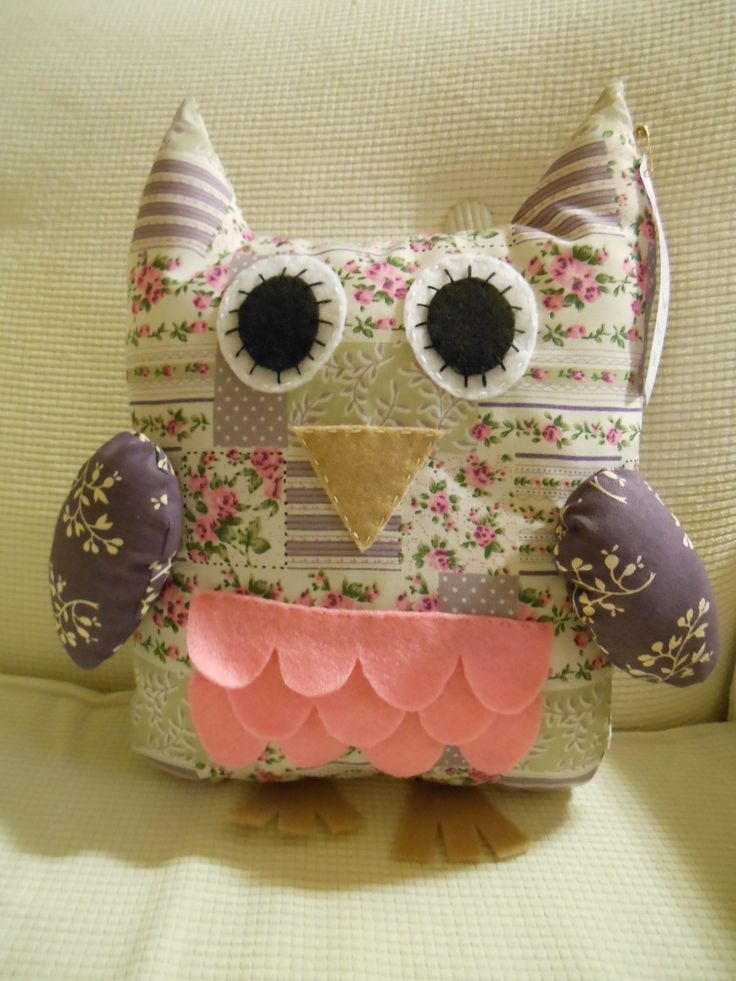 Large Hoot owl in lilac and mauve.