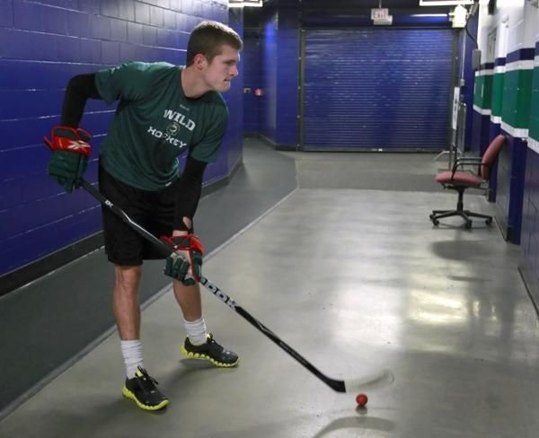 5 Stickhandling Drills to Step Up Your Game