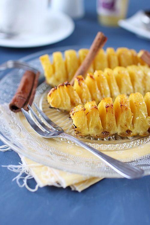 Ananas rôtis au miel et à la cannelle: