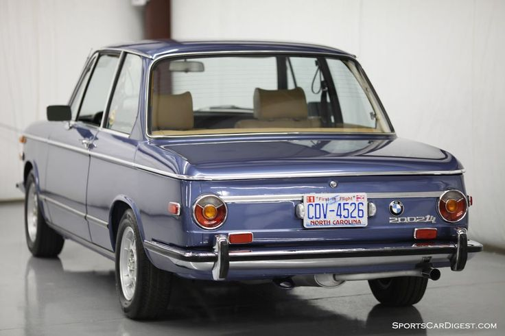 1973 - BMW 2002 Tii - rear side