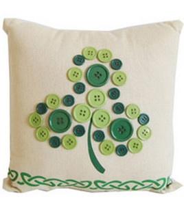 Holiday Inspirations- Button Shamrock Fabric Pillow & St. Patrick's Day Decor at Joann.com #St.Patrick'sDay