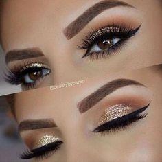 #glitter #eyes #makeup #ojos #maquillaje #escarcha #eyeliner #eyeshadow