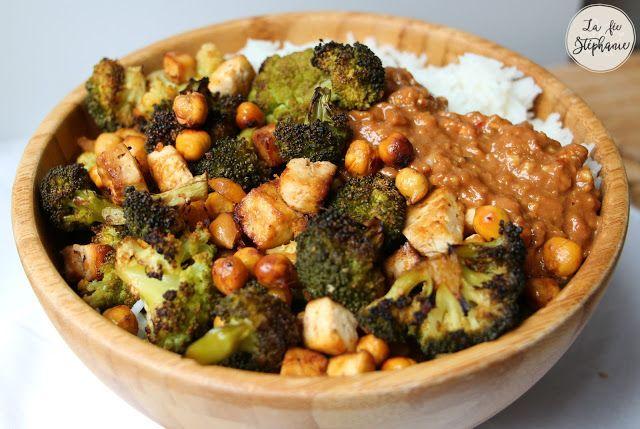 Chou, brocoli, tofu et pois chiches grillés, sauce gourmande aux noix de cajou - La Fée Stéphanie