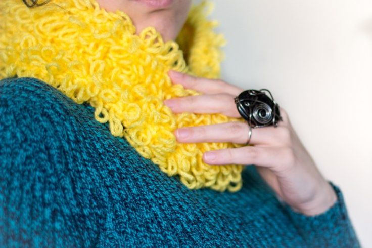 Loopy Cowl - Free Crochet Pattern - loop stitch