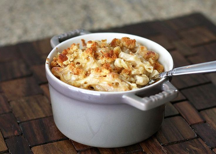 Classic Southern Baked Macaroni and Cheese