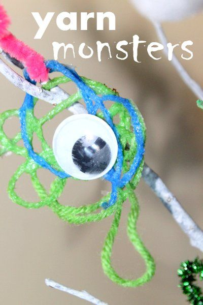 Yarn Monsters, a Halloween craft for the kids to make