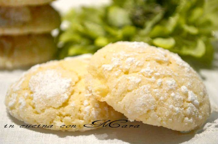 Biscotti al limone, lemon cookies