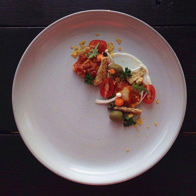 Sur son Instagram le «chef» Jacques «Lamerde» refait le stylisme de fast/junk food pour leur offrir la même présentation que des plats…