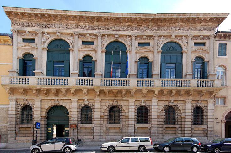 Palazzo_Bevilacqua.jpg (900×598)