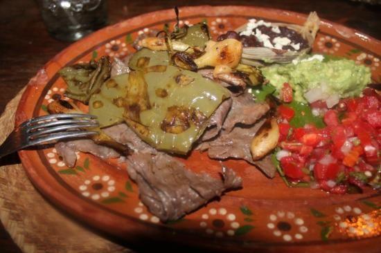 Los Tres Gallos 20 de Noviembre | Wyndham Cab San Lucas, Cabo San Lucas 23450, Mexico
