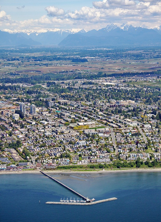 Gorgeous #WhiteRock Aerial Photo - OCEAN VIEWS looking North to the North Shore Mountains
