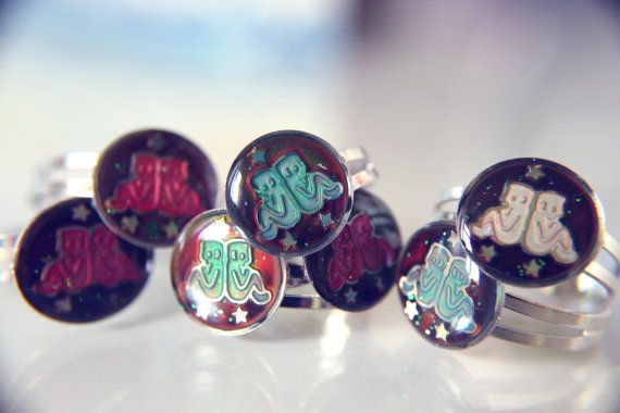 Gemini Star Sign Mood Ring :)  for sale on etsy