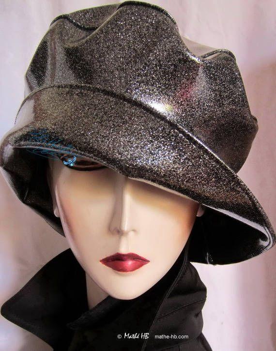 chapeau de pluie très chic sur commande noir pailleté
